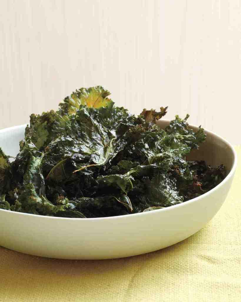 chili-kale-chips-upg-0511med106461_vert